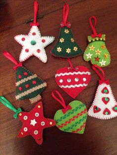 Super holiday crafts for kids to make teachers 16 Ideas Christmas Decorations Sewing, Holiday Crafts For Kids, Christmas Ornaments To Make, Christmas Sewing, Homemade Christmas Gifts, Crafts For Kids To Make, Felt Ornaments, Christmas Projects, Felt Crafts
