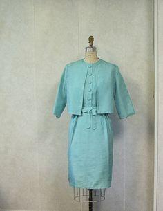 Audrey would approve. Suit in Tiffany blue. Diamonds optional. So love Audrey Hepburn's vintage look.