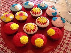 Fondant cupcakes!!!