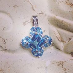 #WeBuyGoldBoutique ~ Designer Samuel Aaron THL 10K White Gold Diamond & Aquamarine Flower Theme Pendant. This buyer sure got a heck of a deal, sold for only $24.50 in auction.  #Gold #AquaMarine #Diamond #Pendant #Necklace #Jewelry #FlorenceAlabama