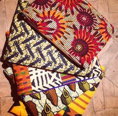 Pouches for days #ParmeMarin #AfricanFabric #Reversible #Handcrafted #Colorful www.ParmeMarin.com