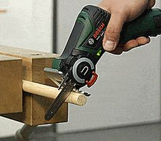 What if I told you you could have a mini chainsaw that you could hold in one hand like a power drill! Well that's just what the Bosch EasyCut does when you have the NanoBlade attachment installed on. Ryobi Power Tools, Cheap Power Tools, Woodworking Power Tools, Woodworking Furniture, Cool Tools, Woodworking Ideas, Mini Power Tools, Woodworking Books, Electrical Hand Tools