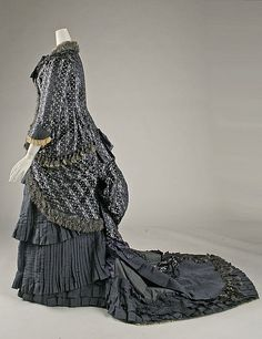 Dress (image 2) | French | 1880 | silk | Metropolitan Museum of Art | Accession Number: 43.72.2a–c