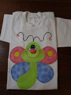 love the applique pattern Machine Embroidery Applique, Applique Patterns, Applique Quilts, Applique Designs, Quilt Patterns, Embroidery Designs, Applique Onesie, Love Sewing, Sewing For Kids