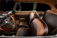 Fiat 500 Interior, Kombi Interior, Custom Car Interior, Fiat 600, Automotive Upholstery, Car Upholstery, Vw Rat Rod, Vw Vintage, Toyota Cars