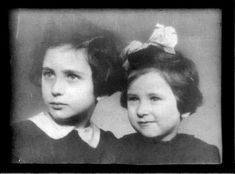 Elly Gross *right*. Amsterdam. Sadly murdered at Auschwitz on 02.11.1944. 5 years old