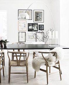 Dining Room Inspiration: 10 Scandinavian Dining Room Ideas You'll Love Dining Room Inspiration, Interior Inspiration, Design Inspiration, Scandinavian Chairs, Scandinavian Design, Ideas Hogar, Home And Deco, Decoration Table, Centerpiece Ideas