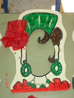 "Mi clase 5 años B Ceip ""Posadas Carvajal"". Huévar del Aljarafe. Sevilla.: Día de Andalucía Summer Camp Activities, Activities For Kids, Flamenco Party, Spanish Party, How To Speak Spanish, 30th Birthday, Arts And Crafts, Christmas Ornaments, Holiday Decor"