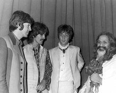Beatles - Paul, George and John with Maharishi Mahesh Yogi