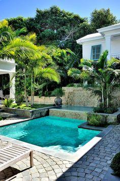 28 Fabulous Small Backyard Designs with Swimming Pool | Small ...