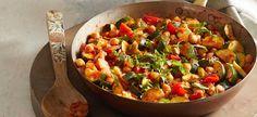 Italian-Style Zucchini and Chickpea Sauté Vegan Zucchini Recipes, Vegan Dinner Recipes, Vegan Dinners, Veggie Recipes, Italian Recipes, Whole Food Recipes, Vegetarian Recipes, Cooking Recipes, Healthy Recipes