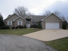 Very nice 3 Bedroom 2 Bath home with basement located in the City Limits. Home has nice floor plan with a Formal Dining Room, Breakfast Nook and lots of closet space. Outside is brick and vinyl with beautiful landscaping and a large back deck. Price to sell at $174,500.00 in Licking MO