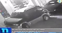 Dos Individuos Son Captados En Cámara Mientras Robaban Vehiculo