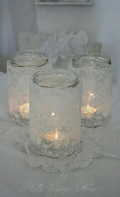 Fanales con frascos de vidrio