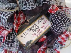 fishing-wreath-fisherman-sign