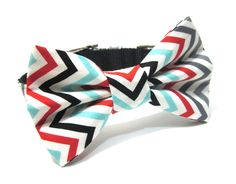 Bowtie Dog Collar- Chevron Stripe. $38.00, via Etsy.