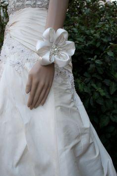 Bridal WRIST CORSAGE, Bridal Silk Accent Flowers by VegasVeils