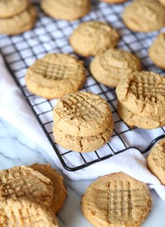 Honey Whole Wheat Peanut Butter Cookies from @cookiesandcups