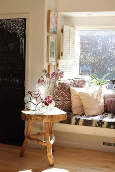 A window nook in the home of anahata katkin, founder of papaya