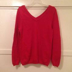 """Download the Postmark app to buy my Old Navy red V-neck sweater size L V-neck sweater. Old Navy. Size L. Signs a wear. Sleeve length 26"""" Old Navy Sweaters V-Necks"""