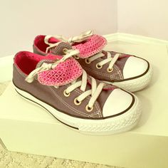 Double Tongue Low Top Sparkle Converse