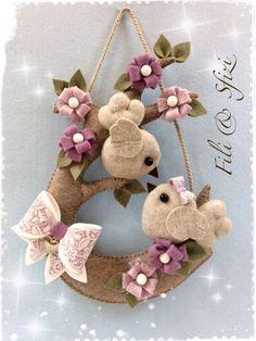 Crafts for sale Felt Diy, Felt Crafts, Diy And Crafts, Bird Patterns, Fabric Patterns, Felt Templates, Felt Wreath, Felt Birds, Creation Couture