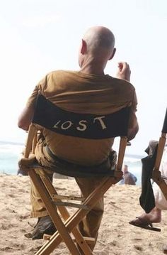Season 1 set photo of LOST.   Terry O'Quinn, who plays John Locke.  Great photo...