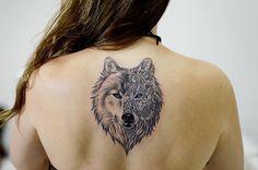 "Samuel Correia Inktrace no Instagram: ""Obrigado Carolina!!  #wolftattoo #wolf #tattooink #inktracetattoo #inklife #inkstagram #inspirationtatto #tatuagensfemininas #tattoo2me #tattooed #Bauru #instaart #girltattoo #tatuando #tattosofinstagram #support_good_tattooers #supportgoodtattooing #blacklinetattoo #blackworkerssubmission #blacktattooing"""
