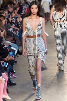Altuzarra Spring 2018 Ready-to-Wear Collection Photos - Vogue
