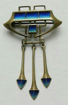 Art Nouveau Brooch 1905