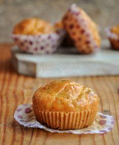 Brioșe aperitiv cu dovlecei, rețeta simplă și foarte ușor de preparat Paste, Muffin, Lunch, Breakfast, Recipes, Food, Morning Coffee, Eat Lunch, Essen