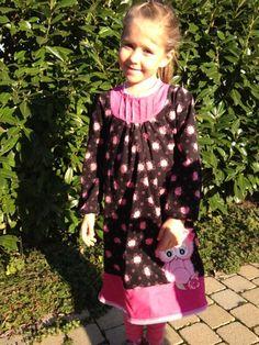 ♥ Luusmeitlifashion ♥: Mädchenkleid nach dem Schnittmuster von Kibadoo Frau Liebstes Minahttp://muggelchens-kuschelwear.blogspot.ch/2012/10/mina.html