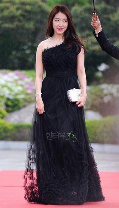 Park Shin Hye @ 2013 49th Baeksang Arts Awards » Dramabeans » Deconstructing korean dramas and kpop culture