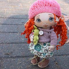 """Куколка маму нашла, причём самую лучшую, которая её уже ждёт и любит. Очень приятно, что при моем """"затяжном отдыхе"""" Вы до сих пор их ждёте и мечтаете...#torrytoys #dolls #doll #handmadedoll #lovely #popular #collectiondoll #beautydoll #textiledolls #кукларучнойработы #кукла #кукладлядевочки #коллекционнаякукла #куклавподарок"""