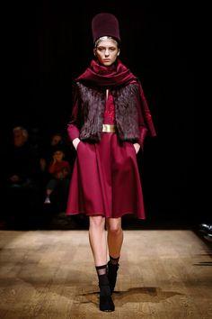 outfit score: 2.9 || Josie Natori