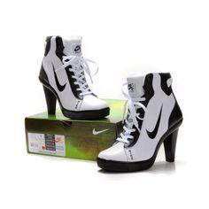 robes pas cher,Basket Nike Dunk A Talon Chaussure Femme Blanc Noir ...