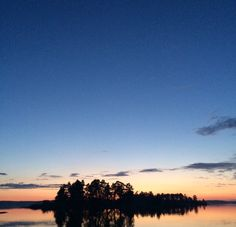 Finland, the Åland Islands & plenty of vinyl | daztrip2015 #sunset #midnightsun #finland #bromarf #sky #reflections #sea #island