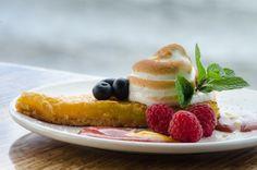 Lilikoi Tart with Torched Italian Meringue Short Crust Italian Meringue, Italian Pastries, Pastry Chef, Tart, Waffles, Seafood, Good Food, Pizza, Drink