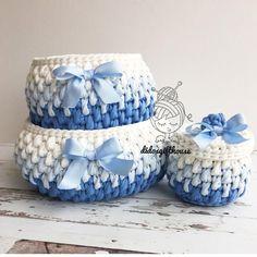 (SETİMİZ SATILMIŞTIR ilginize teşekkür ederiz)İsteyene hemen teslim ikili set, seti alana kapaklı mini sepeti hediye Ölçüler: Büyük sepet: 20.11cm Küçük sepet: 15.11 cm Kapaklı: 8.8 cm İlgilenenler, dm den ulaşabilirsiniz #hediyelik #bebekhediyesi #bebek #tasarım #bebekodası #sepet #tığörgü #oyuncaksepeti #elörgüsü #dekorasyon #evim #paspas #hanimelindenorgu #crochet #handmade #crochetbasket #spagettiyarn #crochetbanner #crochetaddict #crocheted #crochetrug #gift #babyshower #englishh...