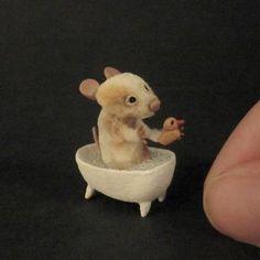 OOAK Mouse in a bath with duck, 1:12 scale, dollhouse miniature by CDHM Artisan Aleah Klay of Aleah Klay Miniatures, www.cdhm.org/user/aleahklay_animals