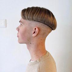 Boy Hairstyles, Hairdos, Cool Haircuts, Haircuts For Men, Pageboy, Bald Fade, Bowl Cut, Undercut, Hair Goals