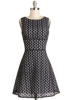 My Stars Dress. Well, my stars, your fashionista friend says with a warm smile, wherever did you find such a gorgeous A-line dress? #black #modcloth