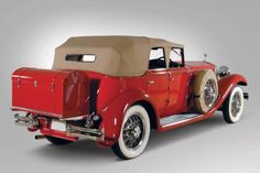 1930 Isotta-Fraschini Mode 8A Convertible Sedan--THIS is why it's called a trunk---it used to BE a trunk.