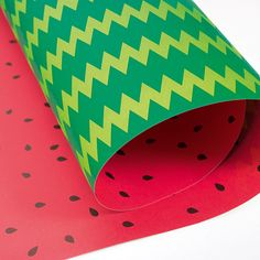 Watermelon wrapping paper made of recycled paper