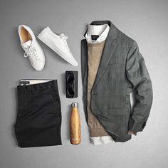 #goodevening What's in your UrbaneBox this month? https://urbanebox.com #fallstyle #urbane #winter #winterfashion #mensstyle #lookyourbest #dappergentleman #dapper #fashionista #fashion #dresstoimpress #style #gentlemen #gents #winterfashion #stylists #urbanebox #fashionformen #clothes #menclothes #menswear #menwithstyle #mensstyle #men #man #gifts #giftformen #happytuesday
