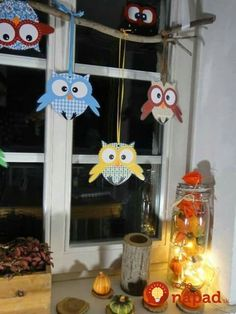 Window decoration owls - the handicraft page by Ines Owl Crafts, Diy Arts And Crafts, Creative Crafts, Hobbies And Crafts, Crafts For Kids, Paper Crafts, Diwali For Kids, Diwali Diy, Diwali Craft