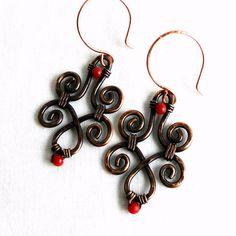 Antiqued Copper Jewelry Swirl Earrings by KariLuJewelry on Etsy, #wirework
