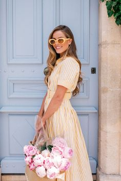 Gal Meets Glam: 5 Summer Accessories To Buy This Season Spring Look, Spring Summer Fashion, Spring Outfits, Preppy Summer Outfits, Casual Summer, Looks Cinema, French Riviera Style, French Style, Gal Meets Glam