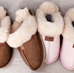 Warm slippers for cold winter nights. - MANI -  Varme tøfler til kalde vinterkvelder. - MANI -