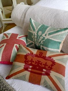 great cushions..nice crowns.